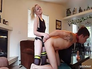 Haighlee Dallas Is A Pegging Machine