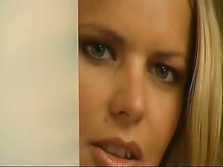 Jennifer Andersson Massage 3some