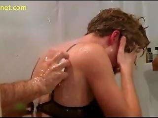 Yvonne Strahovski Sex Under The Shower In Chuck Series - Scandalplanet.com