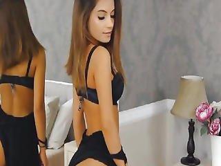 Breathtaking Playgirl Fingering Her Twat On Web Camera