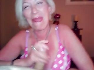 Girlfriend Sucking My Cock Making Me Cum