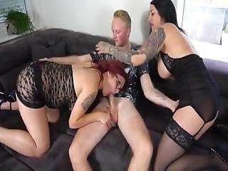 lesbický sex ve stodole