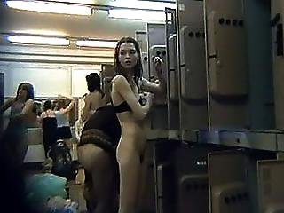 Girls On Voyeur Cams Near Their Lockers