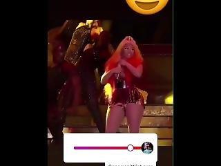 Nicki Minaj Nipple Slip On Stage!! Very Hot