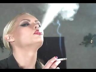 Nadja Smoking