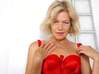 blondin, tjeckisk, onani, mogen, milf, gammal, små tuttar, solo