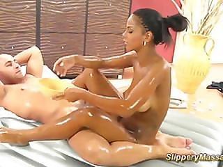 Hot Chocolade Teen Slippery Nuru Massage