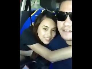 Pinay Car Scandal - Fininger Ang Basang Puke Sa Kotse