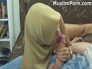 Muslim Neighbor Cheating On Husband Blowing My White Cock _ Muslimporn-com