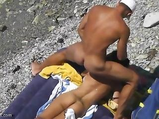 Fuck On The Beach 10