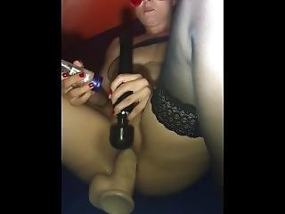Blonde Slut Milf Make Public Masturbation Orgasm In Swinger Club