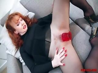 dildo, vies, hakken, lingerie, masturbatie, volwassen, nylon, poetsen, roodharige, sex, geschoren, solo