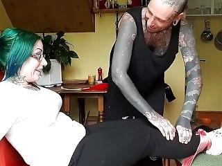фетиш, мамаша, татуировка, щекотка
