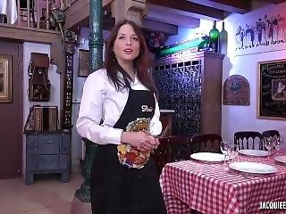 Luxure Au Restau Avec Rachel