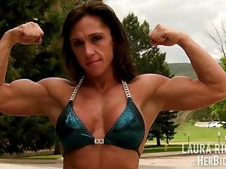 Laura Richards Flexing