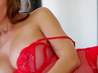 Sexy Iryna Ivanova / Big Boobs