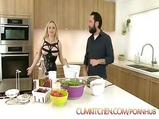 Cumkitchen%3A Nut Wacked %26 Waffles