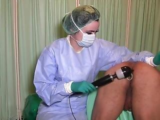 Femdon Surgeon Anal Stretching