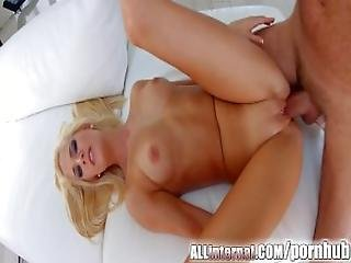 Allinternal Stunning Blonde Shows Off Her Messy Creampie