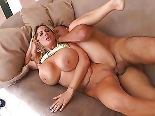 seks-kuni-stoya