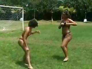 Facesitting Women Wrestling Outside
