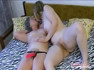 Babunia, Hotel, Lesbijka, Masturbacja, Dojrzała, Mamuśka, Stara, Zabawki
