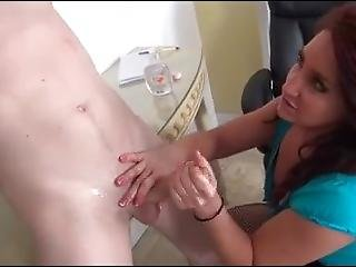 Sexy Secratary Gives Legjob/handjob