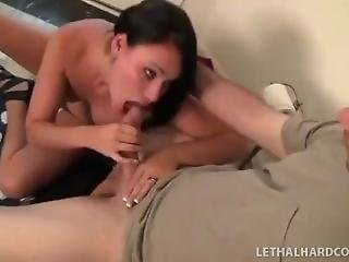Big Dick Gets Blowjob On The Toilet