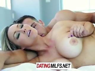 Hd Datingmilfs - Home Alone Milf Abbey Brooks Fucks The Delivery Guy