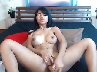 Asian Nicki Minaj With Pretty Big Tits Squirting Pussy