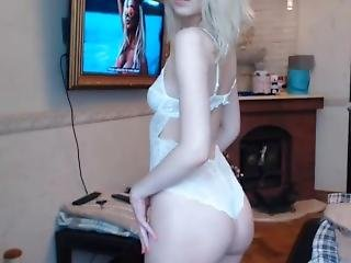 Blonde Beauty Teases ---see Her Naked At Sweetcamgirlslive.com