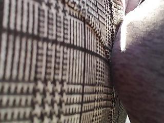 Arrimon Encoxada A Milf Usando Pantalon Ultra Delgado