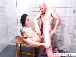 Big Ass Takes A Big Cock In A Hard Anal Fuck%21   Naughty America