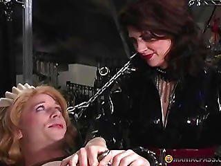 Electrobrushes Tickles Below The Hands Of A Doxy