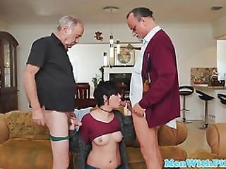 Cocksucking Teen Spitroasted In Oldman Trio