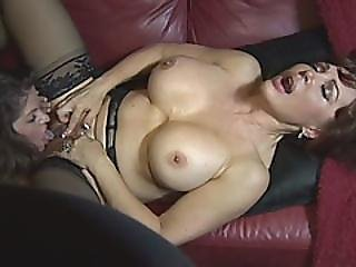 June And Vanessa Grannies Lesbian Pussy Licking Big Tits