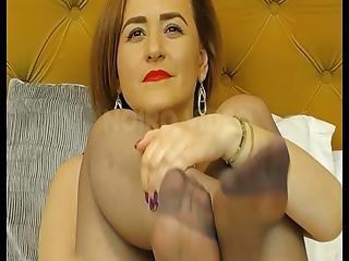 Wm 625 Milf Pantyhosed Feet Closeup