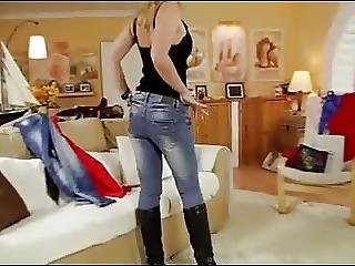 Always Horny To Fuck My Stephmom In Jeans