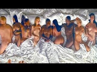 Kanye West - Famous