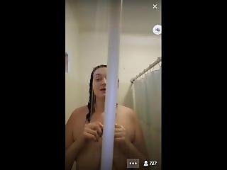 Periscope Chubby Taking Shower