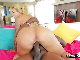 Pornstar Model Gets Her Anal Hole Banged With Massive Dick