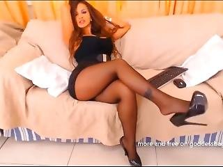 Webcam Girl In Pantyhose