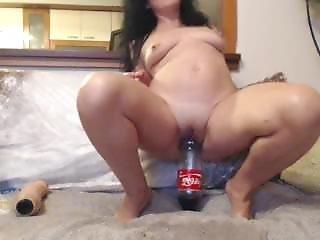Vivian And The Cocacola