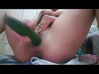 Pepina New Video Xxx Dedea Y Mete Pepino Casero Xvideos