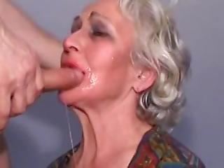 Milf kültéri pornó