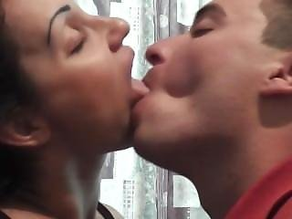 Deep Kissing Session