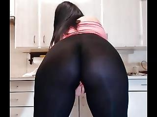 Vibrator In Leggings