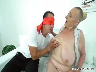 Isokullinen mies panee kahta euronaista - Iso kulli,Ryhmäsex Ilmaiset Porno Videot,Suomi pornoa 1 782 10:00.