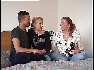 Amateur Couples In Public 2