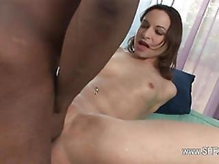 Blowjob And Squirting With Hot Glamour